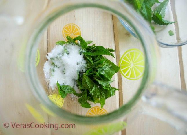 Refreshing Peppermint Crush (2 of 6)