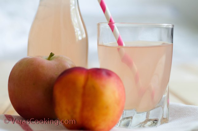 Homemade Apple and Peach Juice (7 of 7)