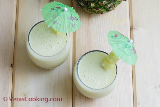 Pineapple and Banana Smoothie (5 of 10)